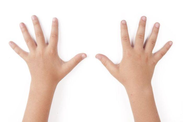 О чем свидетельствует зуд между пальцами?