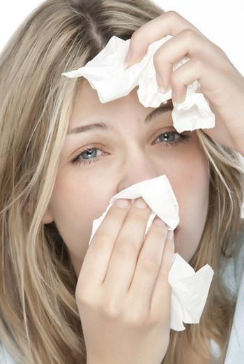 Аллергический конъюнктивит вызывает не только слезы