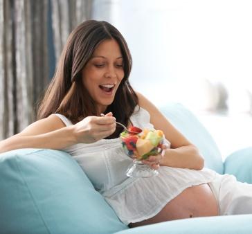 Как бросить курить во время беременности?