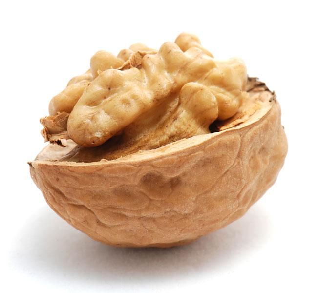 Грецкие орехи для похудения — полезны ли они?