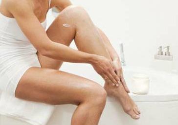 Как лечить отеки ног, возникающие в результате усталости и заболеваний сосудов