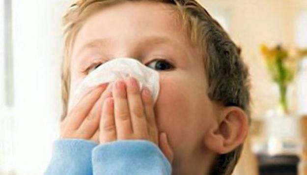 Народное лечение насморка у детей