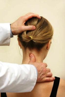 Грыжа диска шейного отдела позвоночника: диагностика и лечение