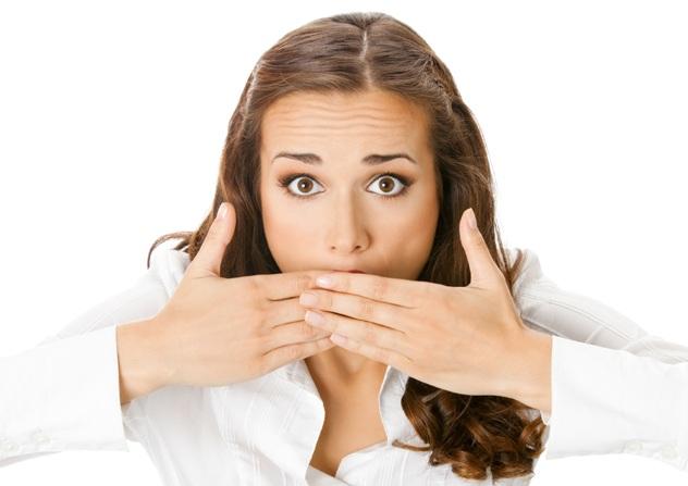 О чем свидетельствует неприятный запах изо рта?