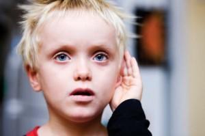Для детей с синдромом Петрушки рекомендуются специальные логопедические, психологические и дефектологические занятия.