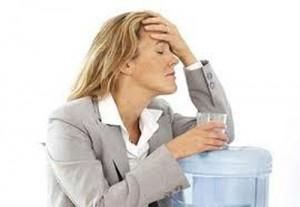 При отравлении стоит принимать, как измельченные таблетки до и после промывания кишечника
