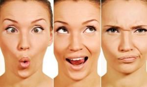 Физиологически носогубный треугольник является одним из наиболее подверженных углублению морщин местом на женском лице