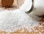 Какова норма соли суточная у человека, чем заключается ее польза