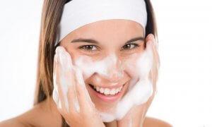 Как выравнять кожу в домашних условиях, чтобы лицо было безупречным