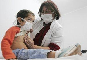 Что является переносчиком заболевания менингит?