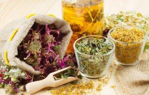 Лечение пневмонии медикаментами и травами