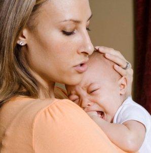 Как успокоить плач ребенка?