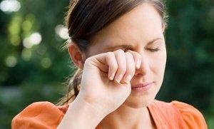 Помощь при травме головы и боли в надбровной дуге