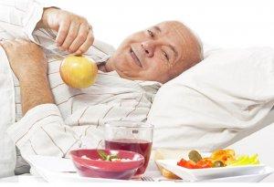 Избыток кислоты в составе фруктов вреден для язвенников
