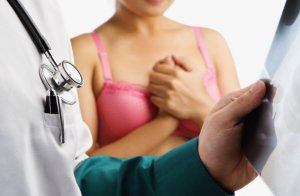 Осложнения после операции на женской груди