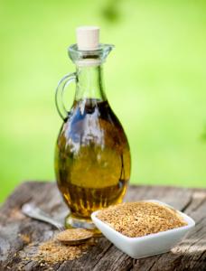 Льняное масло: состав и действие