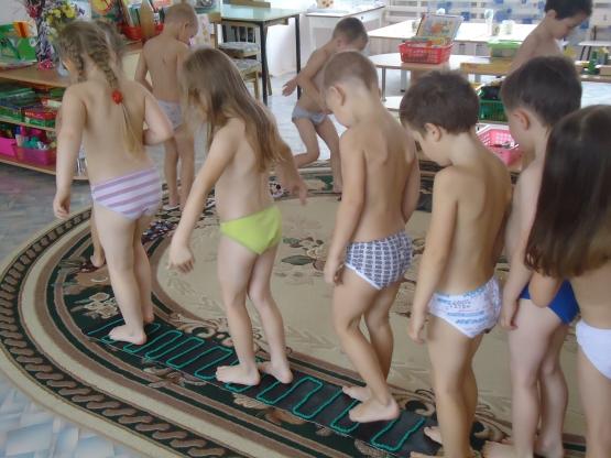 Что включает в себя закаливание в детском саду?