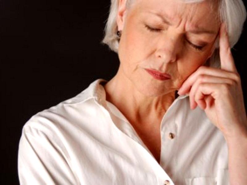 Опасно ли кровотечение при климаксе? Чего стоит остерегаться?