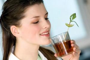 Будьте внимательны к симптомам своего организма, так как травы могут приносить и вред!