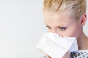 Капли Тафен назаль улучшает дыхательный процесс за счёт сужения мелких сосудов