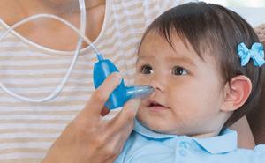 Действие отсоса при насморке у ребенка