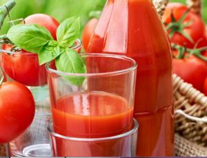 Сок из помидоров пьют в ограниченном количестве
