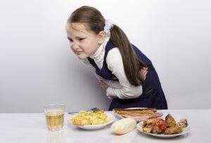 Какую принимать пищу ребенку при отравлении?