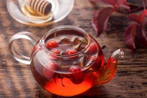 Чрезмерное употребление чая из шиповника и его последствия