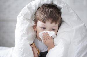 Выделения из носа у маленьких детей