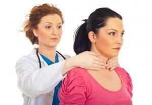 Болезненные ощущения при пальпации щитовидной железы