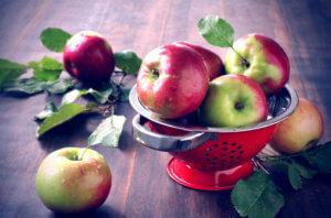Простые и сложные углеводы в яблоках